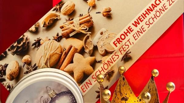 Eine Grußkarte, Bonbons und ein Teelicht waren das Weihnachtspräsent für die älteren Mitglieder im Ortsverein der SPD