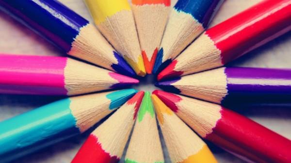 Symbolbild zeigt Buntstifte